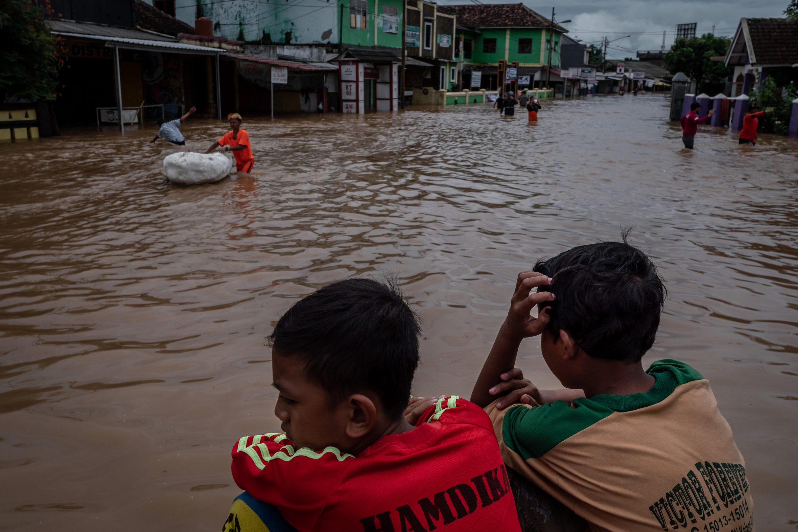 ข่าวสดวันนี้ น้ำท่วม อินโดนีเซีย