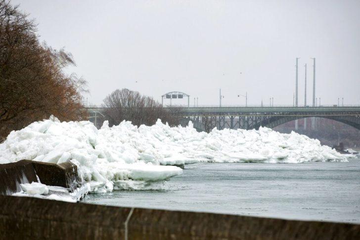 ข่าวสดวันนี้ ข่าวสหรัฐ สึนามิน้ำแข็ง