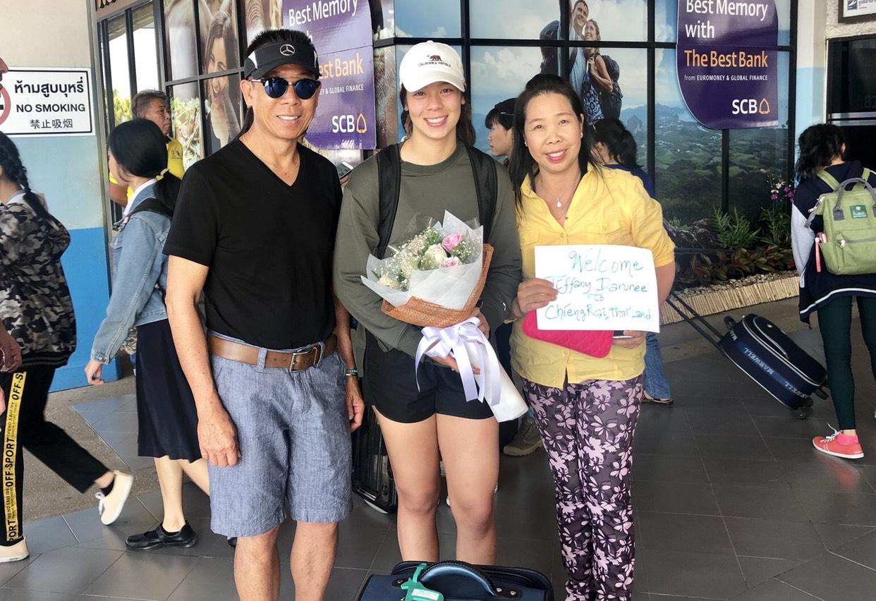 ชบาแก้ว ดารุณี สอนเผ่า ทิฟฟานี ฟุตบอลหญิงทีมชาติไทย