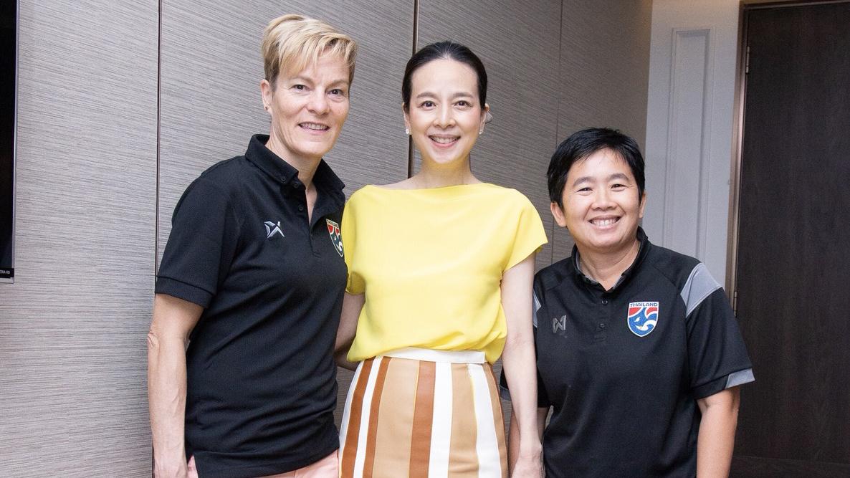 ฟุตบอลหญิงชิงแชมป์โลก 2019 ฟุตบอลหญิงทีมชาติไทย เวร่า เพาว์
