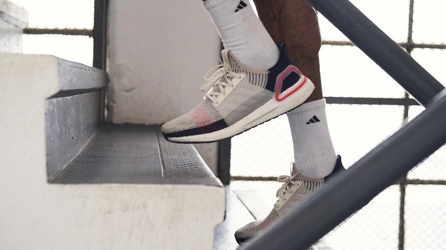 adidas adidas Running Boost running Sneaker UltraBOOST Ultraboost 19 รองเท้าวิ่ง สนีกเกอร์ ออกกำลังกาย อาดิดาส