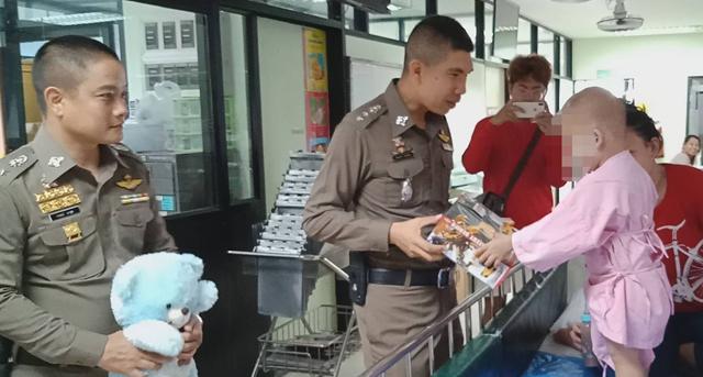 ข่าวจังหวัดชลบุรี ข่าวสดวันนี้ ด่านตรวจ อาสาตำรวจ