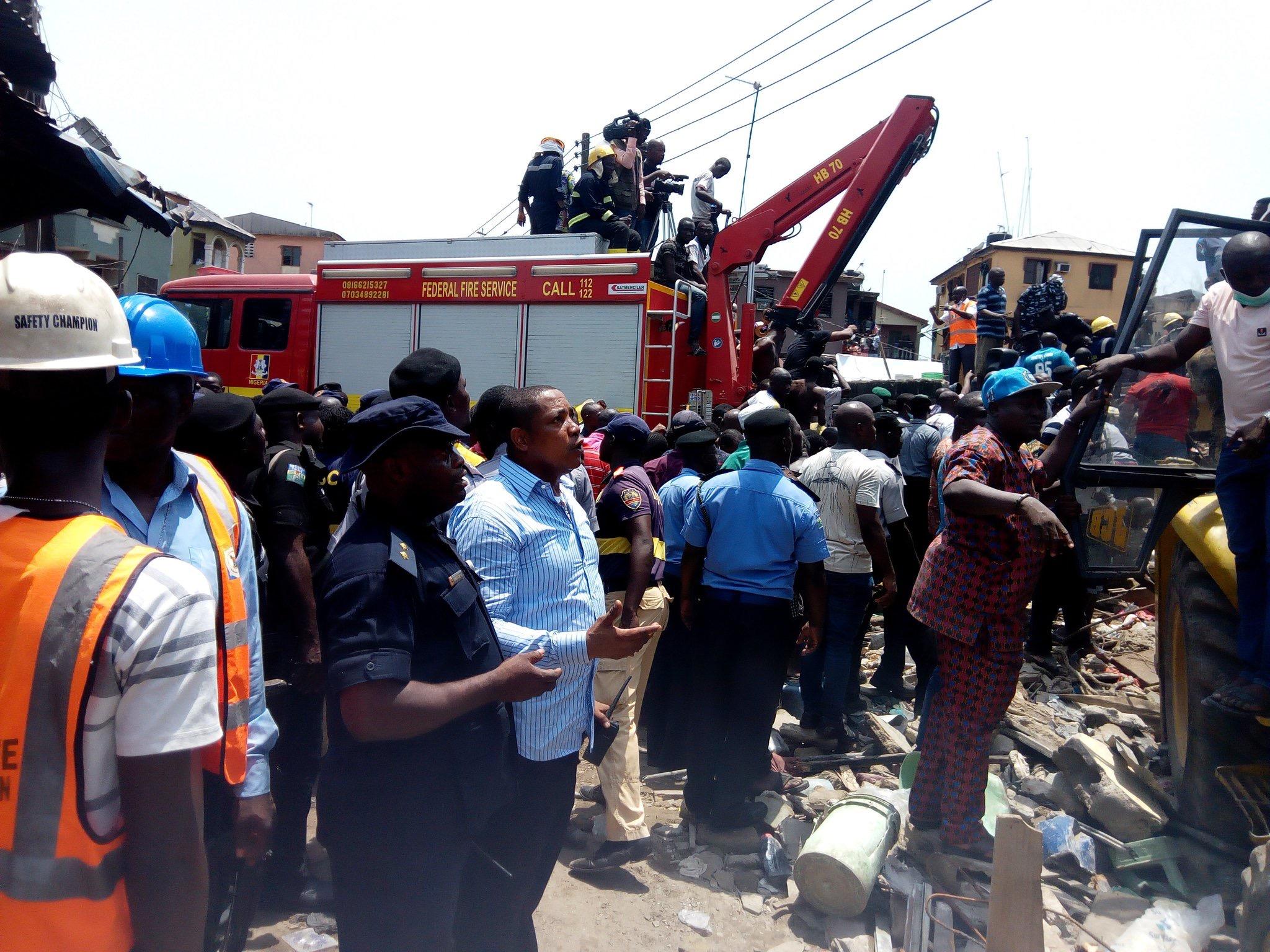 ข่าวสดวันนี้ ตึกถล่ม ไนจีเรีย