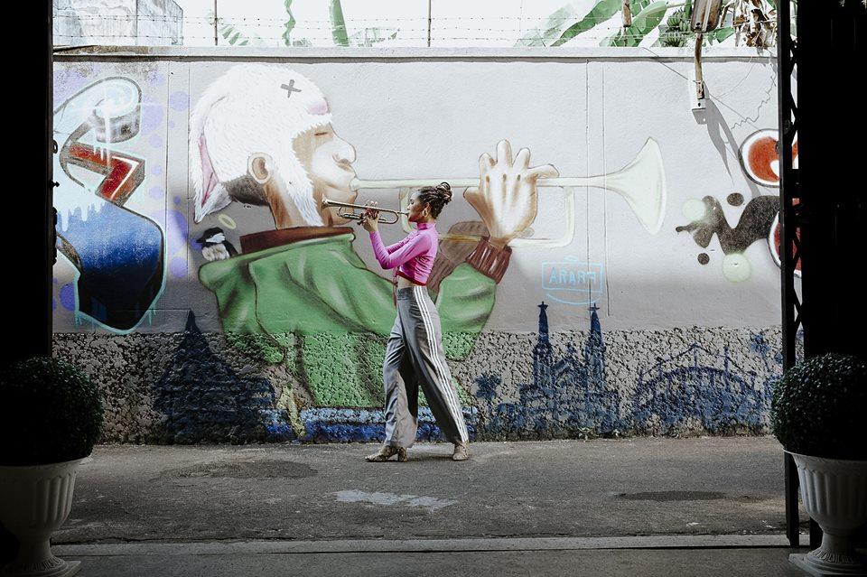 ญาญ่า อุรัสยา ตรอกโรงยา ถนนคนเดินตรอกโรงยา ถนนผ้าคราม ุถนนผ้าคราม เกาะเหลาเหลียง เที่ยวเมืองไทย