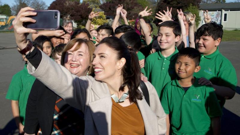 Jacinda Arden นายกรัฐมนตรีนิวซีแลนด์ นายกรัฐมนตรีหญิง สวยและเก่ง เจซินดา อาร์เดิร์น