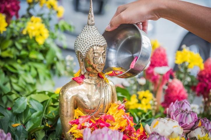 songkran festival คําอวยพร คําอวยพรวันสงกรานต์ ประโยคอวยพรวันสงกรานต์ วันสงกรานต์ สงกรานต์ สวัสดีปีใหม่ไทย