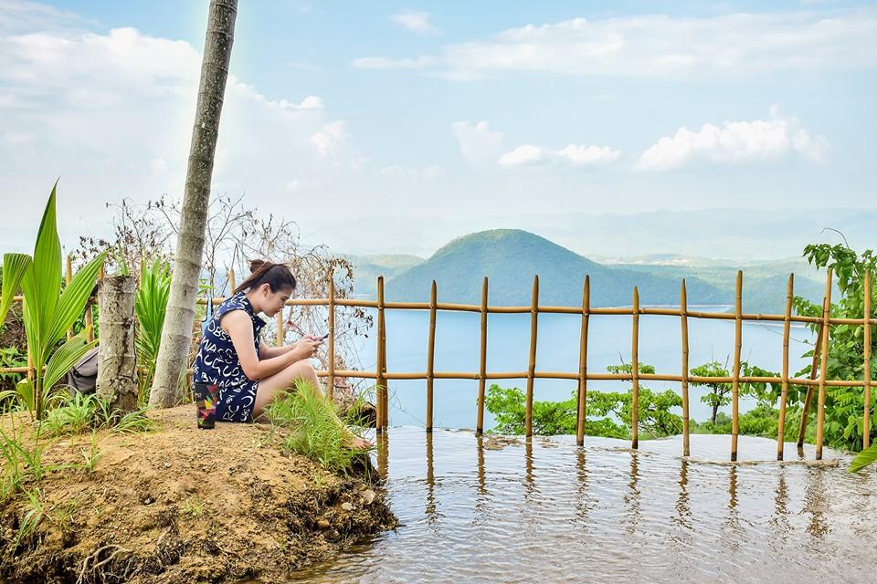 จุดชมวิว ที่พักกางเต็นท์ ที่เที่ยวกาญจบุรี ลานกางเต็นท์ เที่ยวกาญจนบุรี ไร่ย่าแย้ม