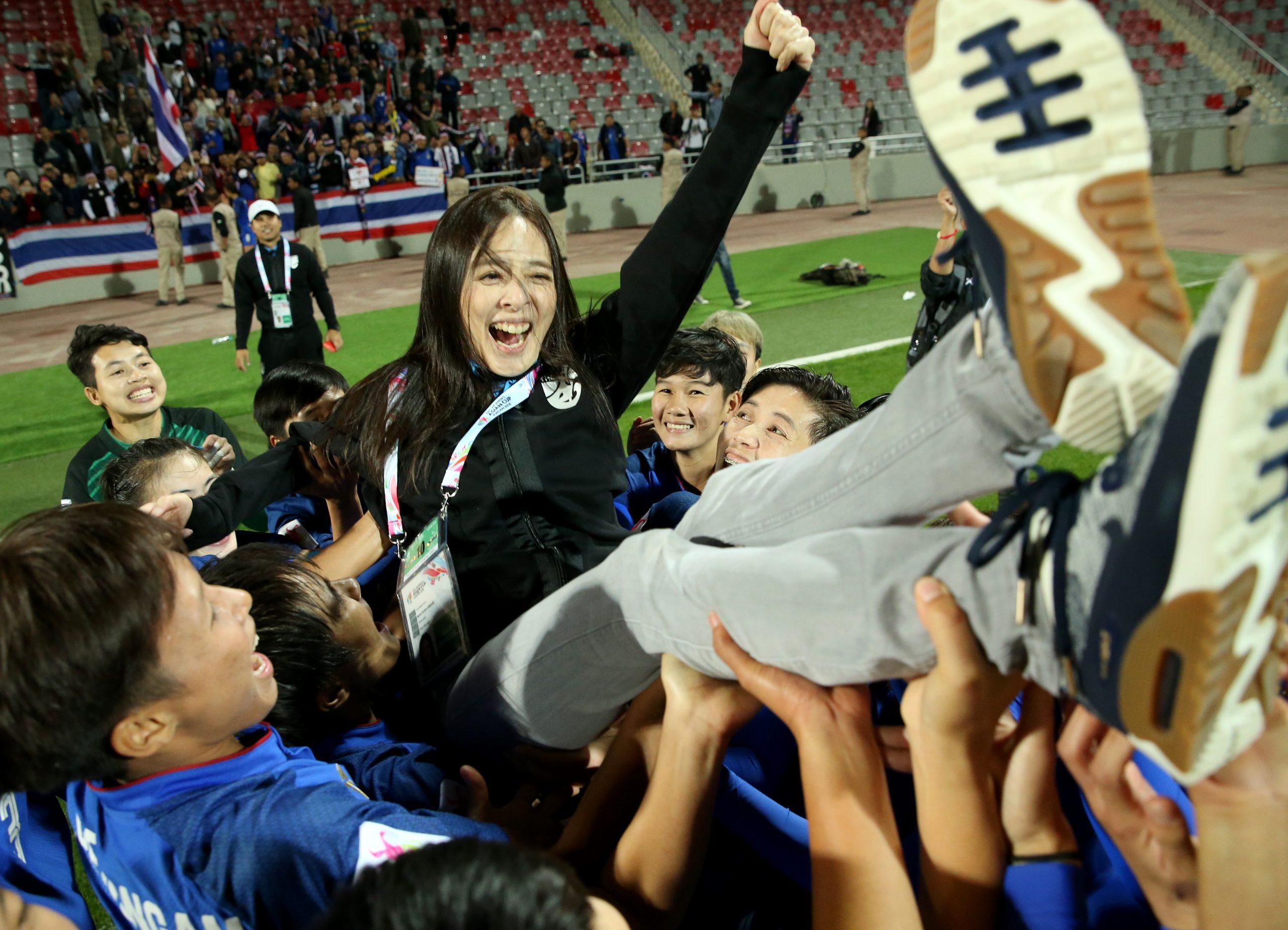 นวลพรรณ ล่ำซำ ฟุตบอลทีมชาติไทย ฟุตบอลหญิงชิงแชมป์โลก 2019 มาดามแป้ง