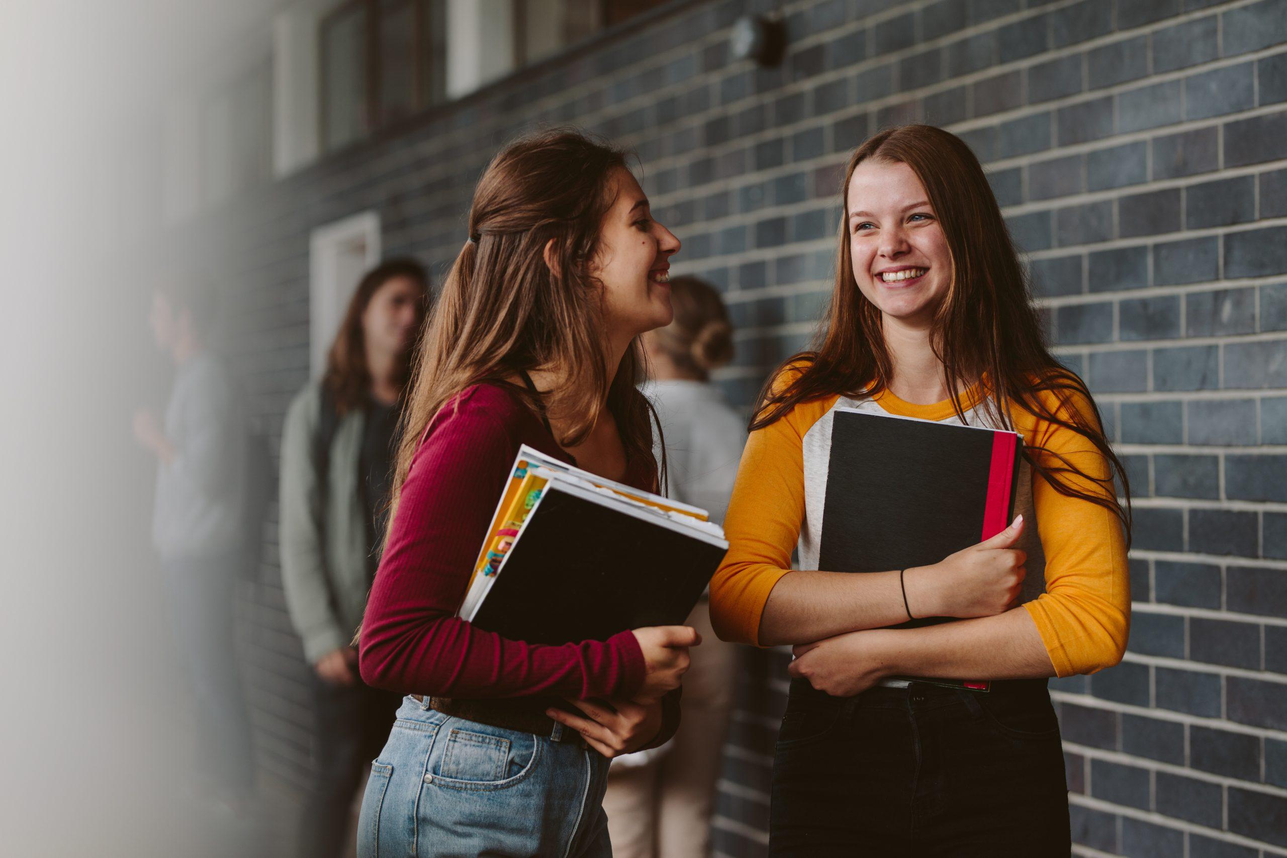 ทำความรู้จักเพื่อนใหม่ ประโยคภาษาอังกฤษ เพื่อน เพื่อนต่างชาติ เพื่อนฝรั่ง เพื่อนใหม่ ภาษาอังกฤษ