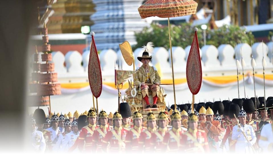 ขบวนพยุหยาตราทางสถลมารค พระบรมวงศานุวงศ์ พระราชพิธีบรมราชาภิเษก