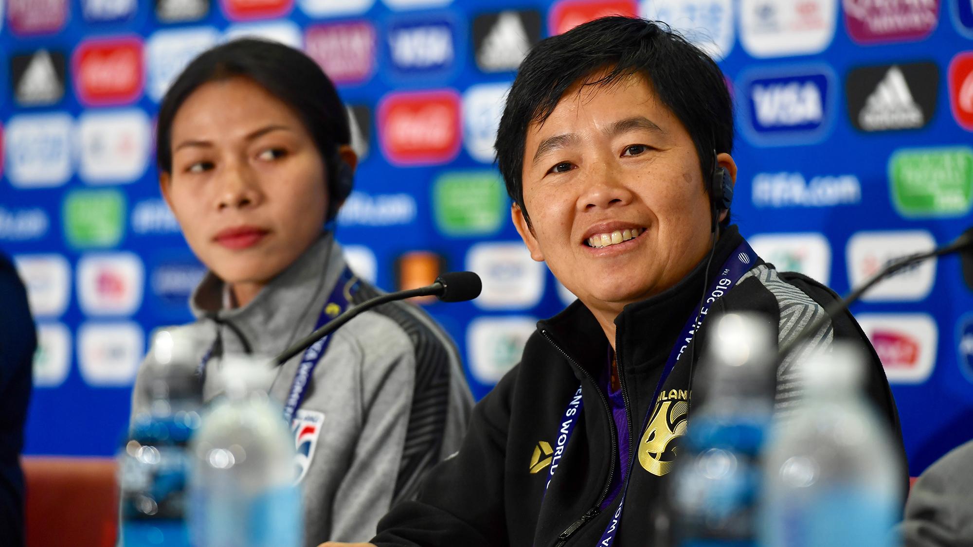 ทีมชาติสวีเดน ฟุตบอลหญิงชิงแชมป์โลก 2019 ฟุตบอลหญิงทีมชาติไทย ฟุตบอลโลกหญิง 2019 หนึ่งฤทัย สระทองเวียน