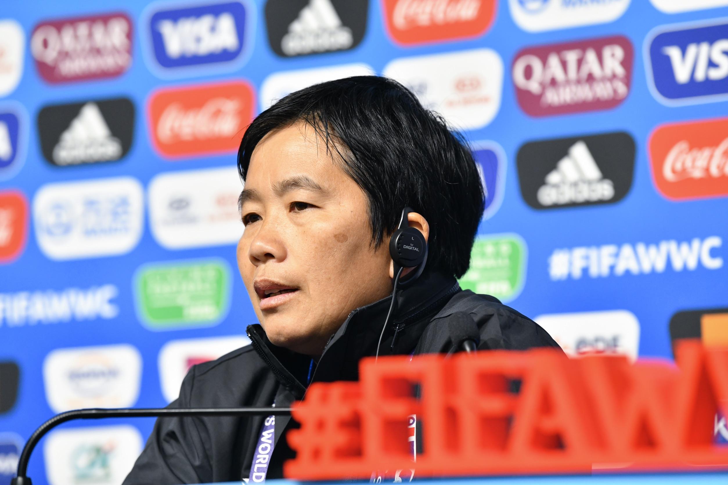 ฟุตบอลหญิงทีมชาติไทย ฟุตบอลโลกหญิง 2019 หนึ่งฤทัย สระทองเวียน อินทร์อร พันธุ์ชา