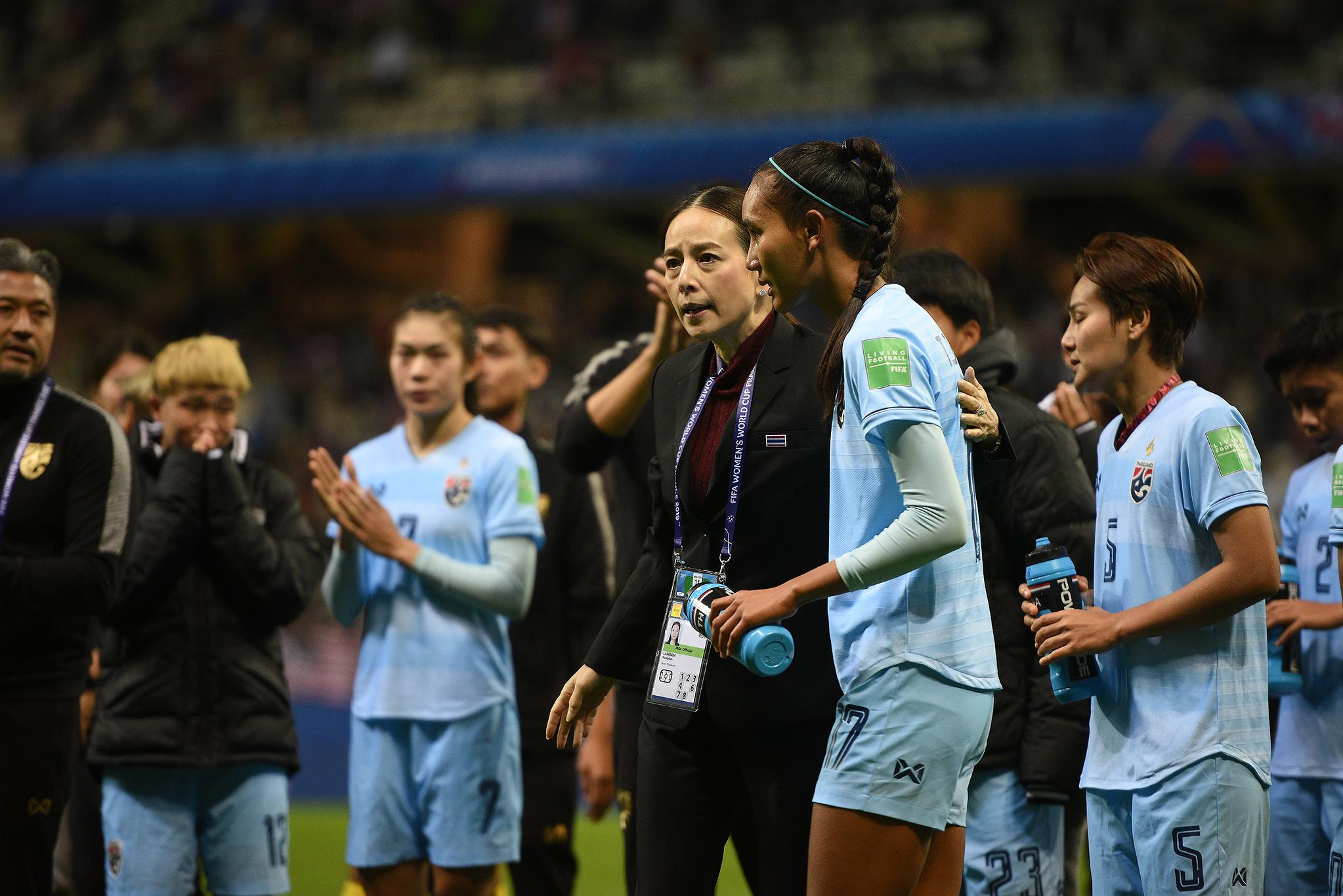 ทีมสหรัฐอเมริกา นวลพรรณ ล่ำซำ ฟุตบอลหญิงชิงแชมป์โลก 2019 ฟุตบอลหญิงทีมชาติไทย