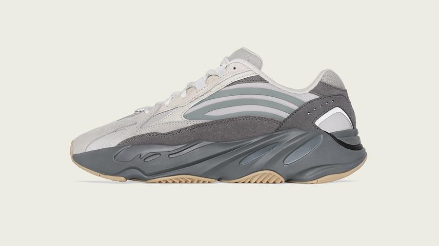 adidas adidas Originals Boost fashion Kanye West Sneaker Yeezy คานเย่ เวสต์ รองเท้า สนีกเกอร์ อาดิดาส แฟชั่น