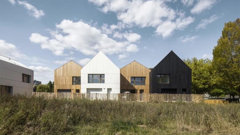ก่อสร้าง บ้านสำเร็จรูป รักษาสิ่งแวดล้อม หลังคาหน้าจั่ว ไม้