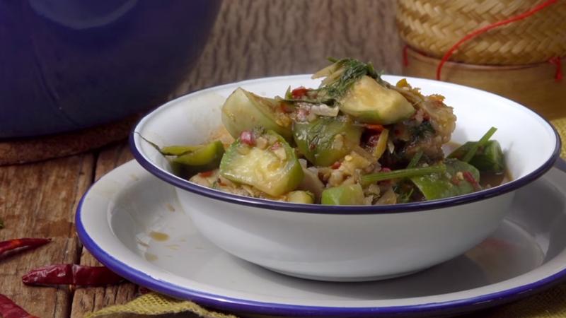 กินข้าวกัน วิธีทำ แกงอ่อมเครื่องในหมู สูตรอาหาร เมนูอีสาน แกงอ่อมเครื่องในหมู