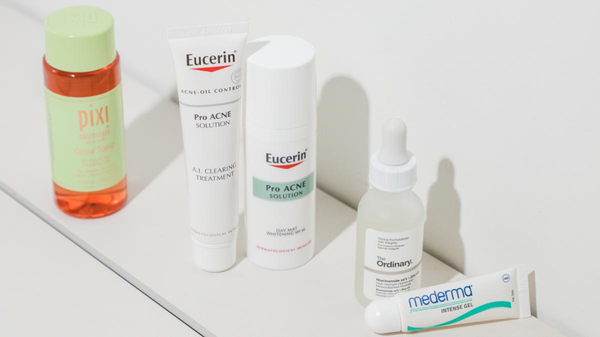 eucerin Eucerin A.I. Clearing Treatment Eucerin Day Mat Whitening ครีมแต้มสิว รอยดำ รอยแดง ลดสิว สิว