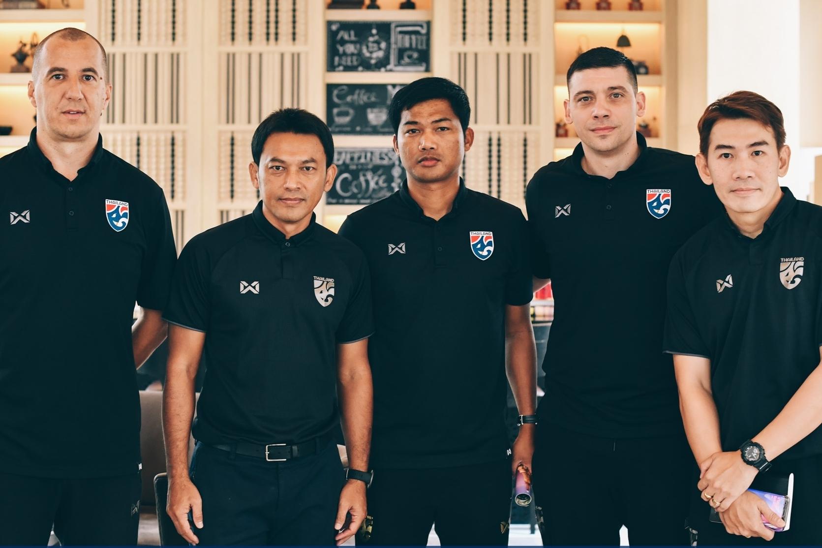 ทีมชาติอินโดนีเซีย ทีมชาติเวียดนาม ธชตวัน ศรีปาน อนุรักษ์ ศรีเกิด อากิระ นิชิโนะ