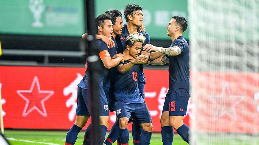 ทีมชาติเวียดนาม ทีมชาติไทย อากิระ นิชิโนะ