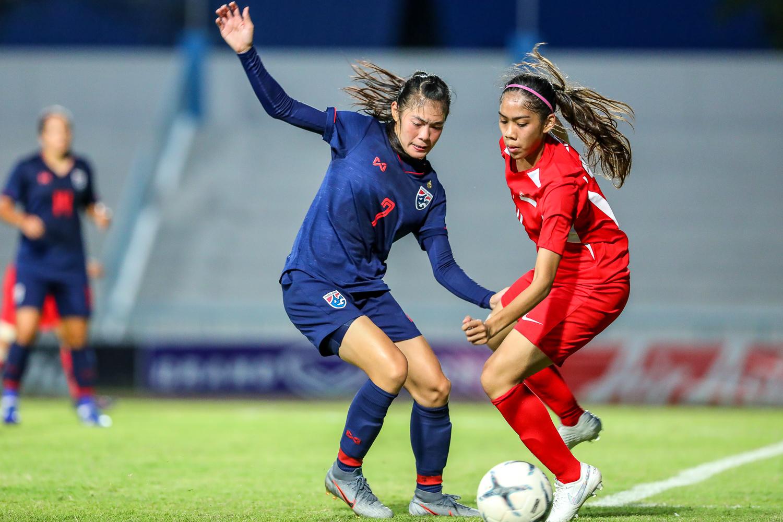 ฟุตบอลหญิงทีมชาติสิงคโปร์ ฟุตบอลหญิงทีมชาติไทย วิลัยพร บุตรด้วง