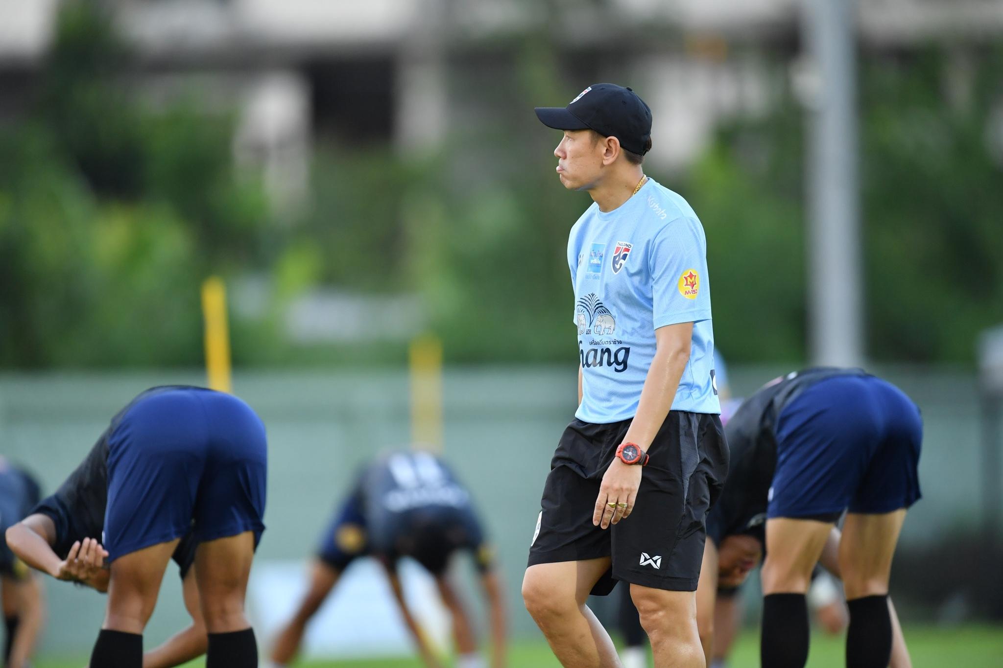 ทีมชาติไทย อนุรักษ์ ศรีเกิด อากิระ นิชิโนะ