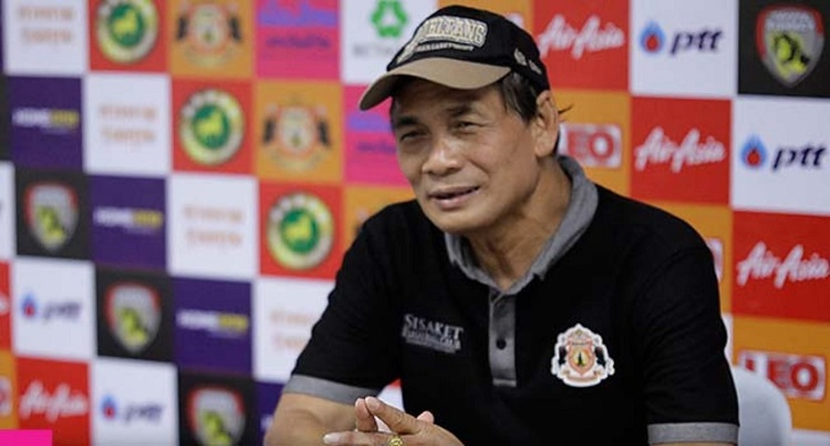 คัดบอลโลก ทีมชาติไทย สมชายชวยบุญชุม