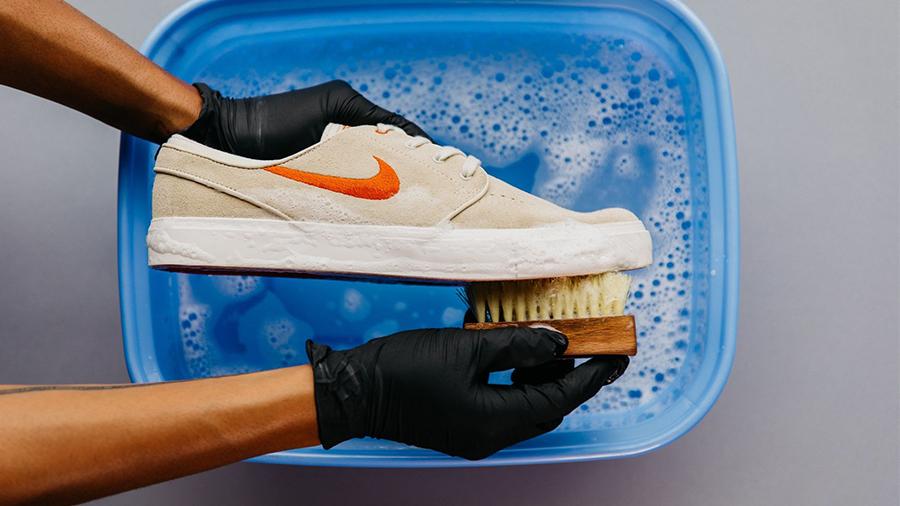 Sneaker ทำความสะอาดรองเท้า ทำความสะอาดสนีกเกอร์ รองเท้าผ้าใบ