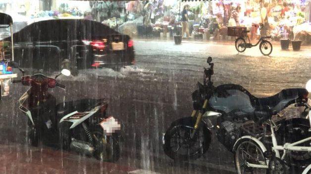 ข่าวสดวันนี้ น้ำท่วม ฝนตก
