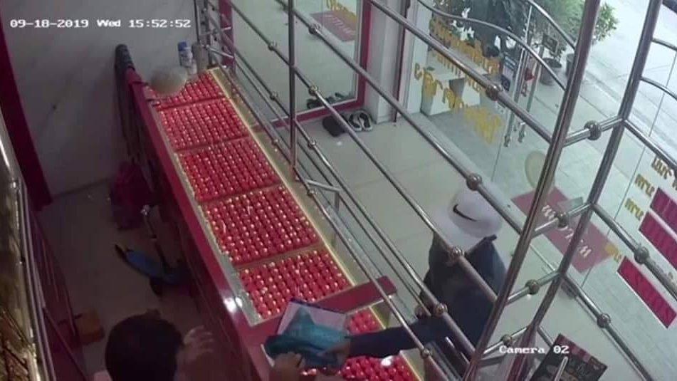 ข่าวจังหวัดชลบุรี ข่าวสดวันนี้ ปล้นทอง ร้านทองเยาวราช