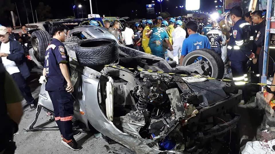 ข่าวรถคว่ำ ข่าวสดวันนี้ ข่าวอุบัติเหตุ นักศึกษาอาชีวะ