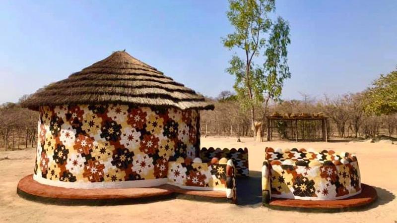 กระท่อม บ้านดิน รักษ์โลก ศิลปะ เพ้นท์บ้านดิน แต่งบ้าน