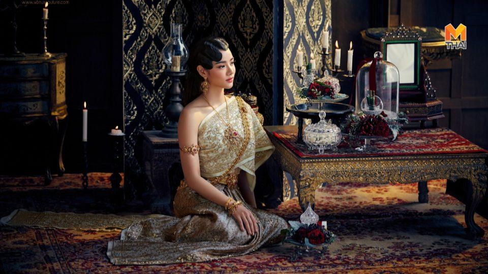 ชุดแต่งงานไทย ชุดแต่งงานไทยศิวาลัย ชุดไทยศิวาลัย วาววา ณิชารีย์ โชคประจักษ์ชัด