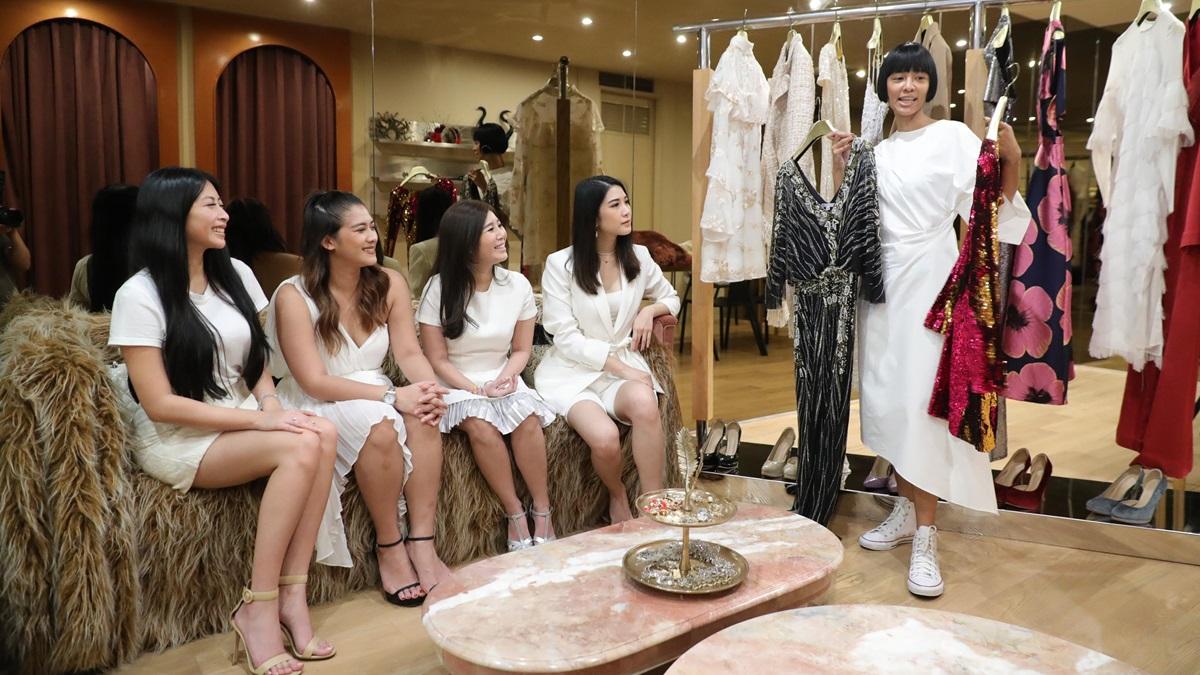 กานดา สายทุ้ม กูรูแฟชั่น ชุดเดรสออกงาน ชุดไปงานแต่ง เทคนิคเลือกชุดเดรส เลือกชุดออกงาน เลือกชุดเพื่อนเจ้าสาว เลือกชุดไปงานแต่งงาน