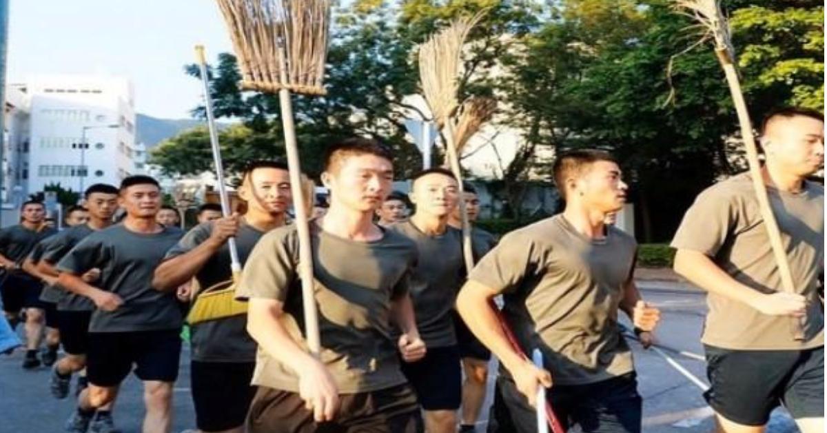 ข่าวสดวันนี้ จีน ทหารจีน ประท้วงฮ่องกง