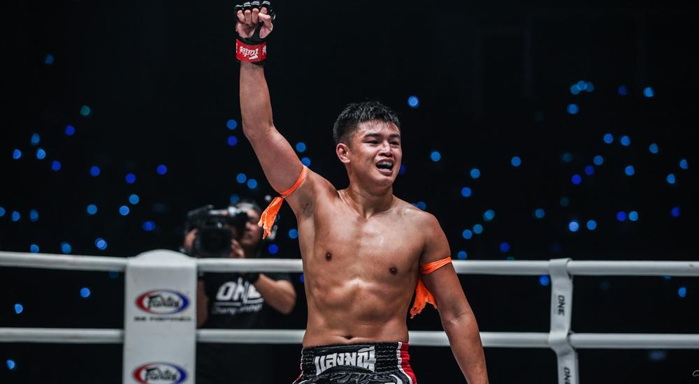 ONE Championship แสงมณี เสถียรมวยไทย