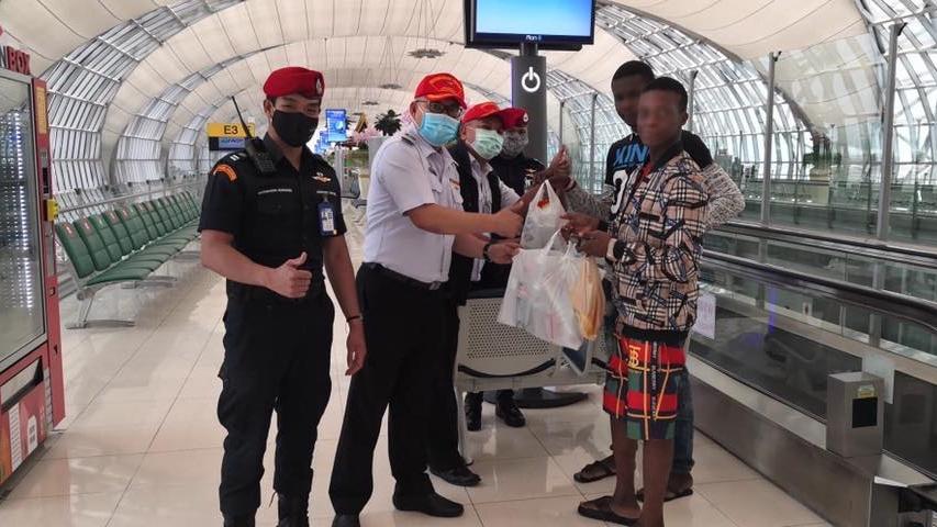 ชาวไนจีเรียติดสนามบิน สุวรรณภูมิ โควิด-19