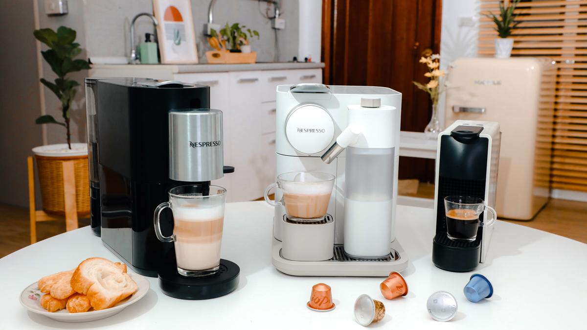 Essenza Mini Gran Lattissima Nespresso Nespresso Atelier เครื่องชงกาแฟแคปซูล