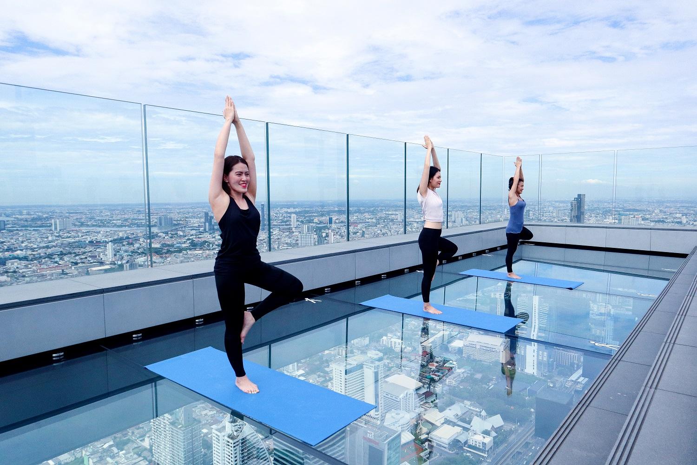 KingPowerMahanaKhon MahanaKhonSkyWalk Yoga in the sky