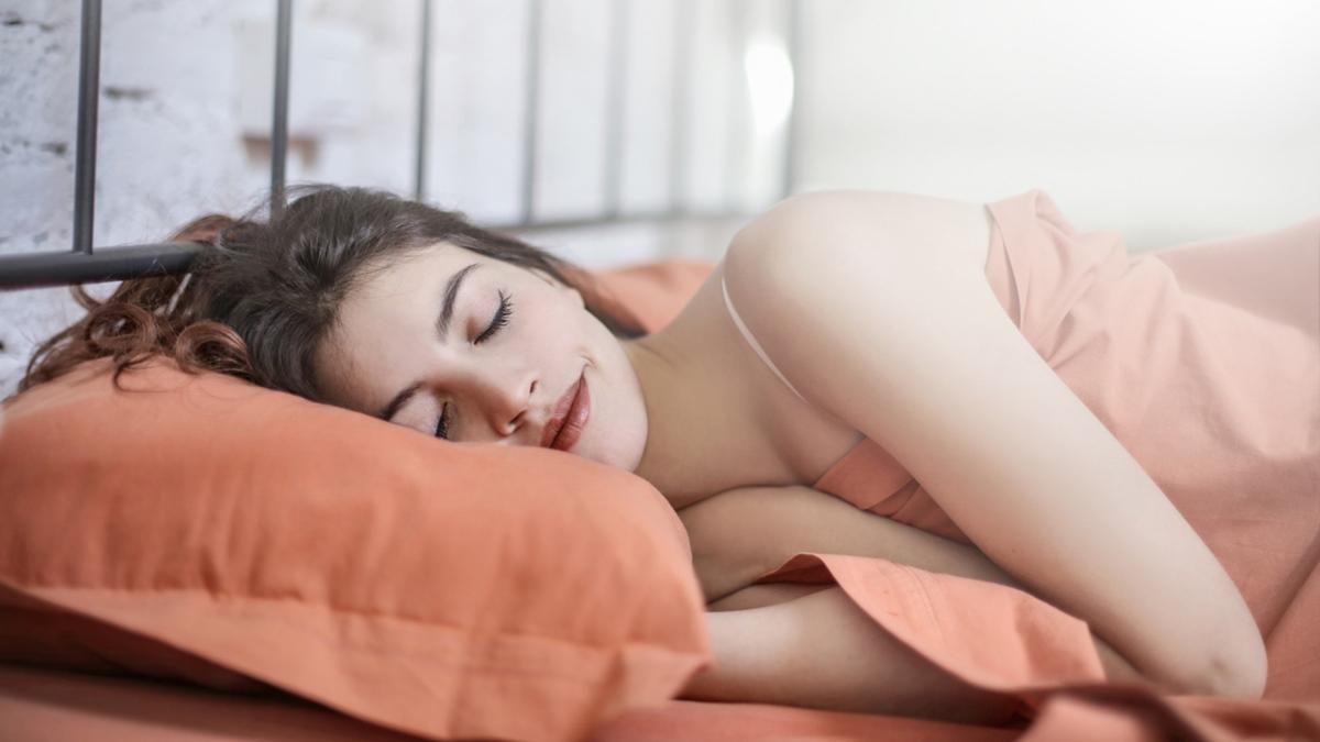นอนไม่พอ นอนไม่หลับ น้ำหนักขึ้น ลดน้ำหนัก อยากผอม