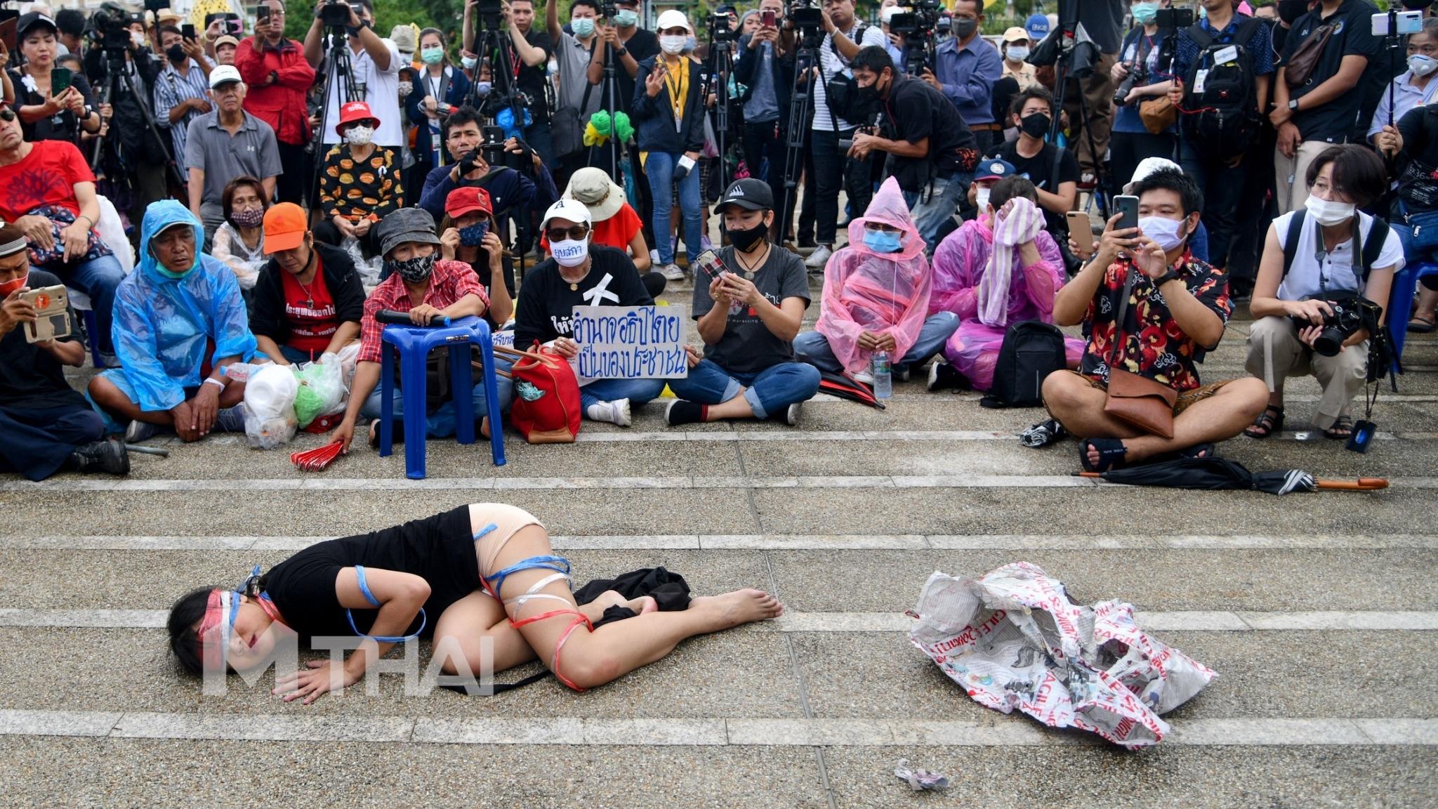การเมืองไทย นิด้าโพล แสดงความเห็นทางการเมือง