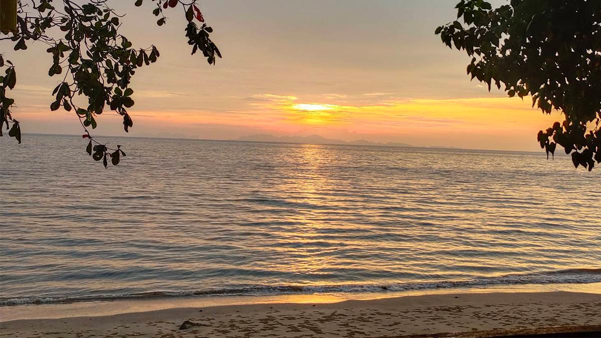 กระบี่ เกาะจำ เกาะจำรีสอร์ท เกาะพีพี