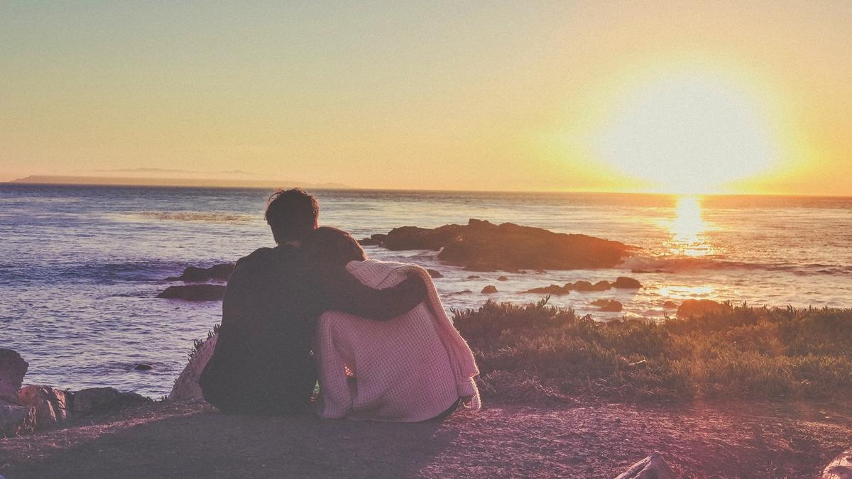 การกอด ความรัก ความรู้สึก จิตวิทยา