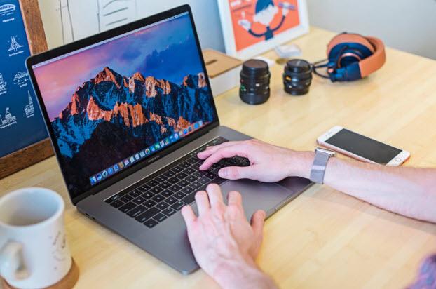 istudio Macbook Online ออนไลน์