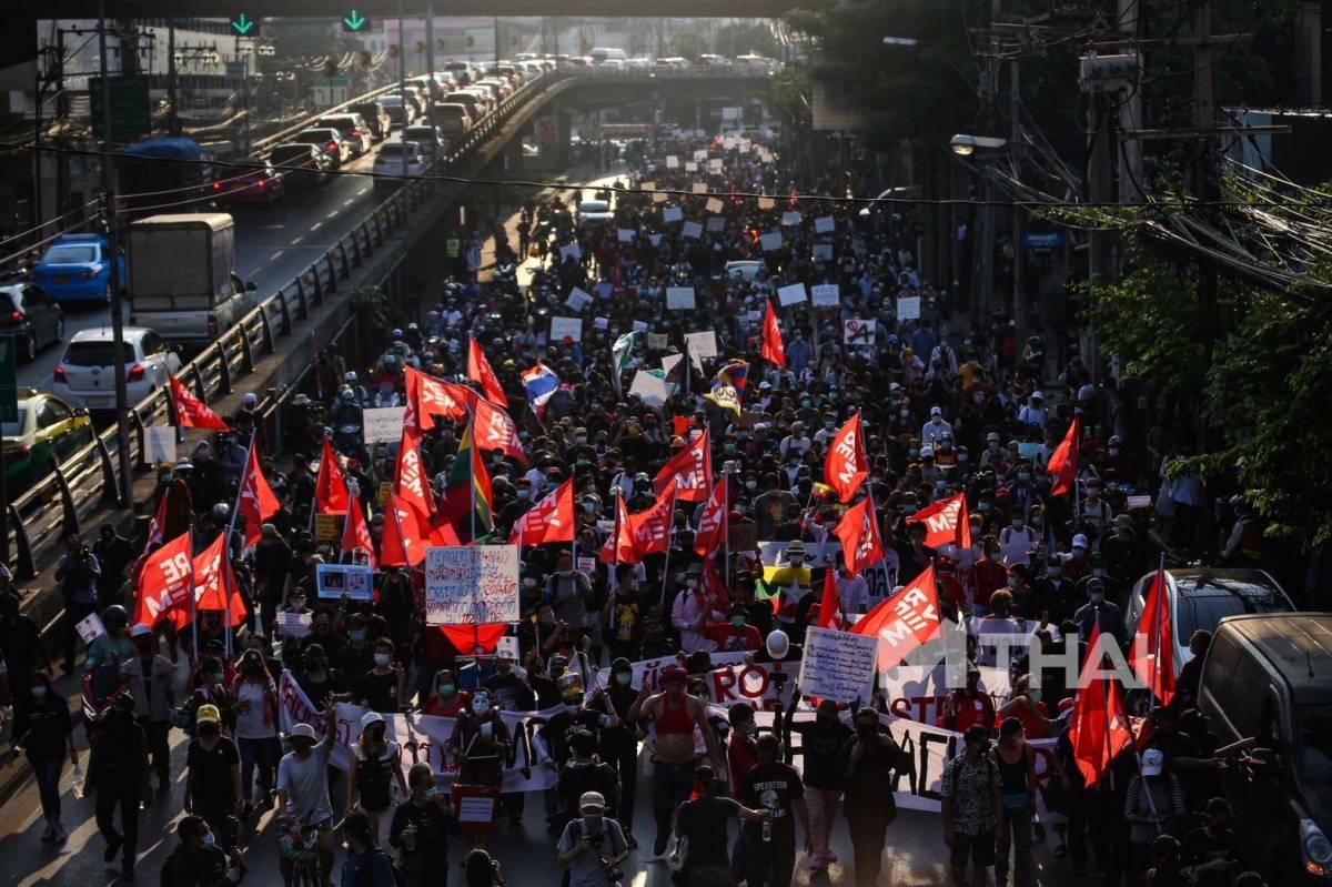 การชุมนุม การประท้วง ข่าวการเมือง ม็อบ28กพ