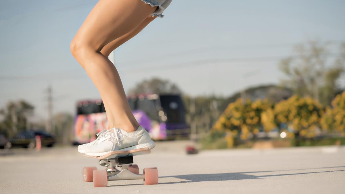 Surf Skate กีฬา วิธีเล่นเซิร์ฟสเก็ต เซิร์ฟสเก็ต