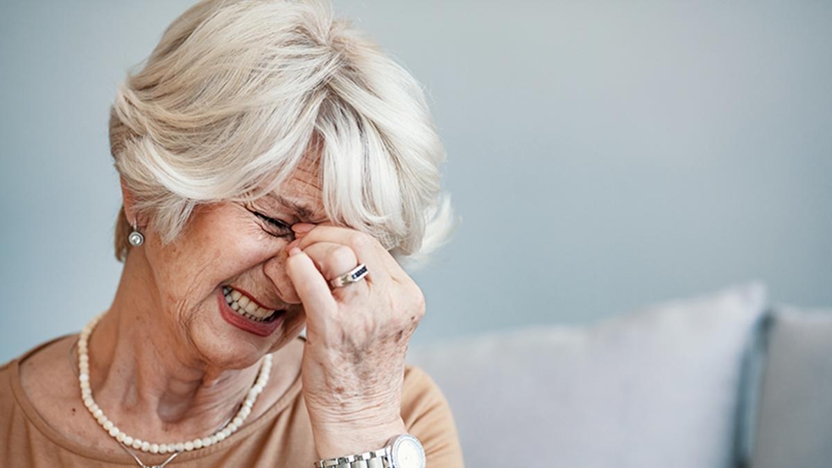 ดวงตา ต้อกระจก ผู้สูงวัย ผู้สูงอายุ สุขภาพดวงตา อาการตาแห้ง เช็คดวงตา เบาหวานขึ้นตา โรคต้อหิน โรคตา