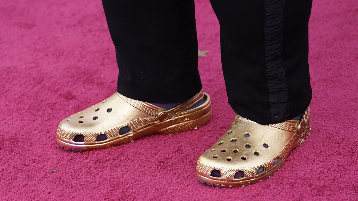 Oscars2021 พรมแดงออสการ์ รองเท้าแตะ ออสการ์ เดินพรมแดง
