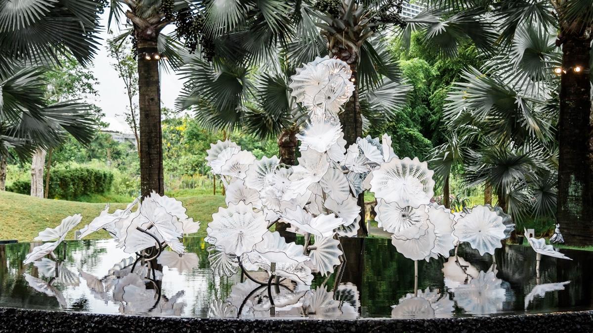 ประติมากรรมเป่าแก้ว ผลงานศิลปะ ศิลปะ สิงคโปร์ เดล ชิฮูลี เที่ยวต่างประเทศ เที่ยวออนไลน์