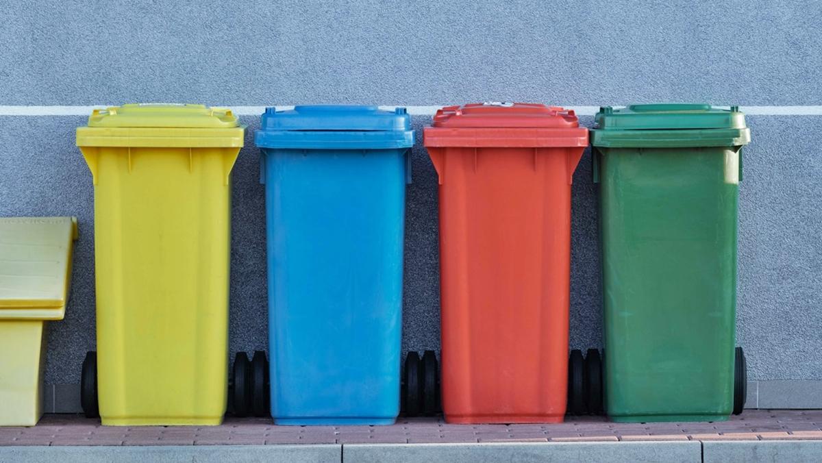 ถังขยะ สิ่งแวดล้อม สีถังขยะ