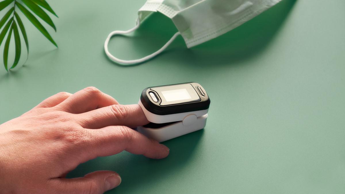 ค่าออกซิเจนในเลือด เครื่องวัดออกซิเจน เครื่องวัดออกซิเจนปลายนิ้ว ไอเทมสุขภาพ